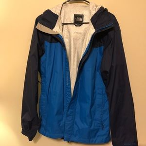 The North Face Mens HyVent 2.5L Windbreaker Jacket